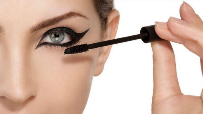 Eye Makeup Tips for Small Eyes