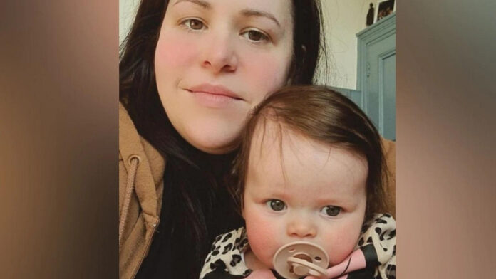 Woman Give Birth to Online Baby